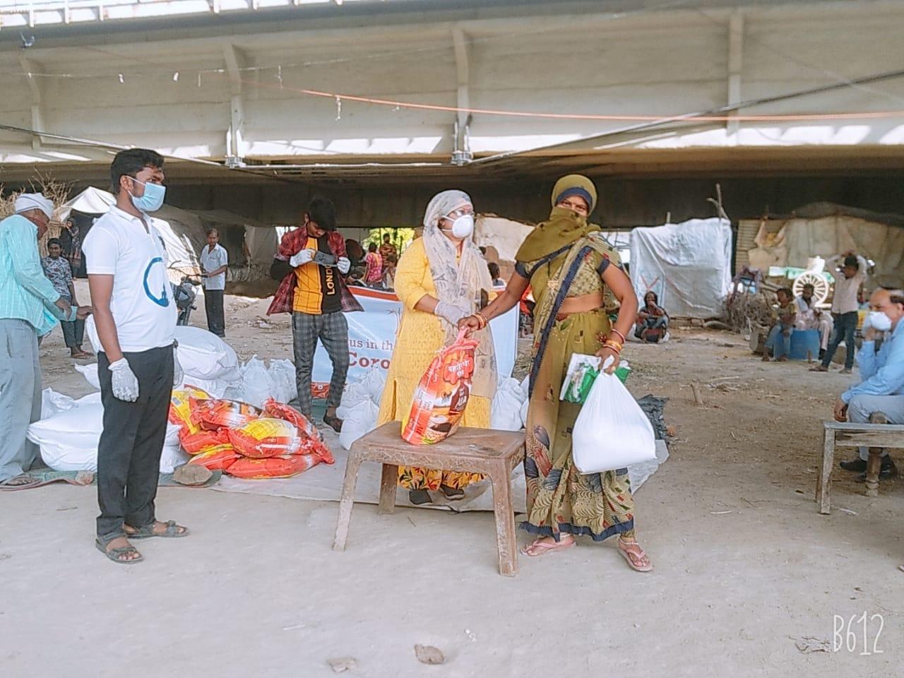 Ration Kits Distribution in YK Juggi Camp, New Delhi