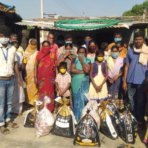 Food distribution at Srinivasapura, Kollar, Karnataka